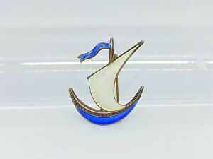 Vintage NORWEGIAN NORWAY IVAR T HOLTH 925S ENAMEL #x27;SAILBOAT#x27; PIN Sterling Silver
