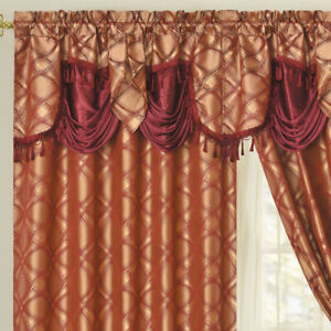 DANCE WITH WIND. Jacquard curtain with valance 2pcs set. WINE