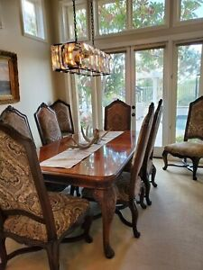 Alfresco by HENREDON FINE FURNITURE Dining room table with 8 chairs and Hutch