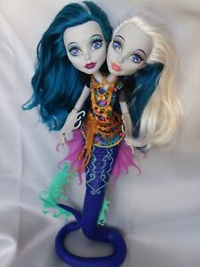 Monster High Great Scarrier Reef Peri and Pearl Serpentine Two Headed Doll $9.95