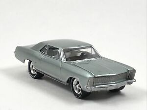 Johnny Lightning Classic Gold Collection 1965 Buick Riviera Light Green 1:64 $12.99