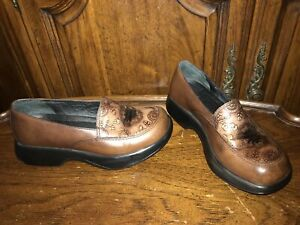 DANSKO Mandolin Floral Embossed Brown Leather Nursing Loafers Size EU 38 US 7