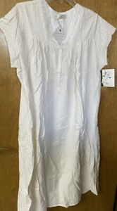 Eileen West Nightgown Size Large $24.00