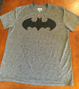 DC Comics BATMAN Dry Fit Shirt Size Large Gray Short Sleeve Gym Tee Polyester $14.95