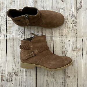 TEVA Delavina ANKLE BOOTS SHOES LEATHER 8 $120 Retail Brown Suede $40.00