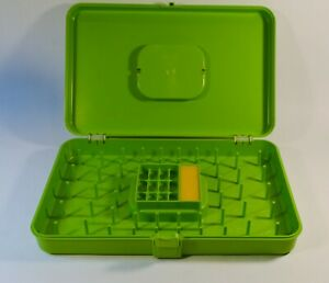 Lime Green Sewing Case Thread and Bobbin Holder w Spools Vintage Wilson Mfg Co $19.99