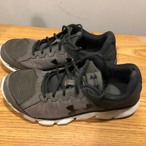 Under Armour Sneakers Assert 6 Men#x27;s Size 9.5 Used Very Good condition