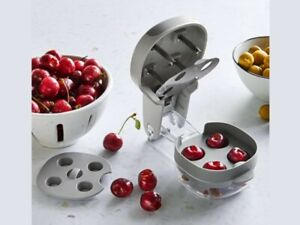 Pampered cChef CHERRY OLIVE PITTER #100353 Free Shipping