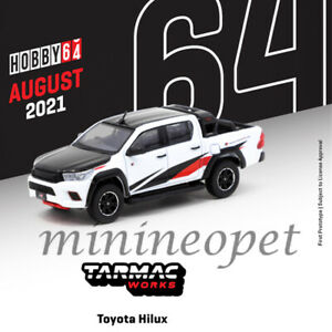 TARMAC WORKS T64 041 WH TOYOTA HILUX PICK UP TRUCK 1 64 DIECAST BLACK WHITE $21.99