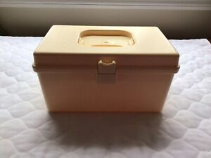 Vintage Wil Hold Wilson Sewing Box w Accessory Tray Ivory Plastic $18.99
