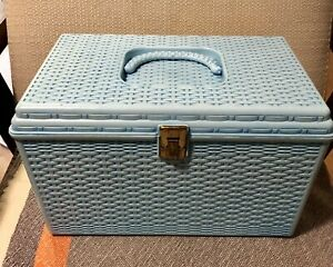 Vtg Aqua Blue Wilson Wil Hold Plastic Basket Weave Sewing Box 2 Removable Trays $35.00