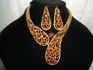 Glamorous Gold Brown Heart Lace Crystal Necklace and Earring Set