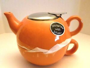 BISTRO BRIGHTS TEA FOR ONE TEAPOT AND TEA CUP WITH STAINLESS STEEL LID