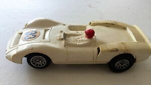 vintage 1960 s 1 32 slot car strombecker
