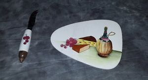 Small Cutting Board and Knife Set With Wine, Grapes And Cheese Design