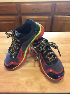 Boys Under Armour Storm Micro G Pulse Shoes GS Sz 3 Black Red Gray Neon