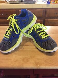 Boys Under Armour Micro G Athletic Shoes GS Sz 6 Gray Blue Yellow