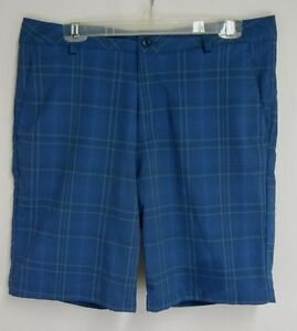 Under Armour Mens sz 34 Blue Striped Polyester Golf Shorts