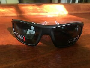 Under Armour Force polarized subglasses Brand New with case