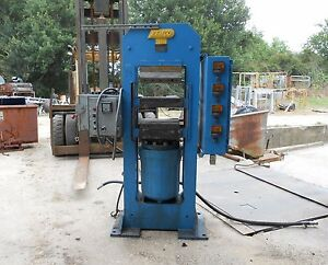 EEMCO INDUSTRIAL HYDRAULIC PRESS SERIAL# 4864 78.5 Compression Rubber Press