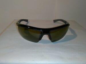 Under Armour Core 2.0 Game Day Lens Sunglasses 8600082-000930