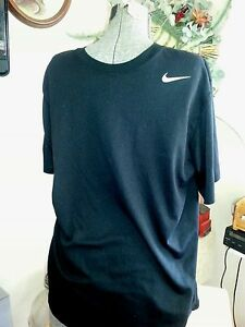 NIKE  LG    Dry - Fit    Black   Short Sleeve    White Accent  GUC