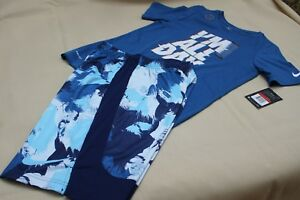 Boys Youth Nike Dry Dri-Fit Short Sleeve Shirt and Shorts 2 Piece SET Size L