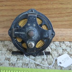 Unknown skeleton fishing reel made in USA (lot#5990)