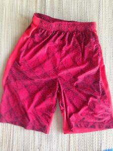 Nike Boys Dry-FIT Basketball Shorts 18-20 XL Red and Black Free Shipping