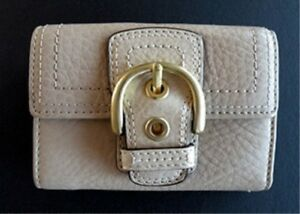 coach-women-soho-leather-mini-trifold-wallet sand color f41260