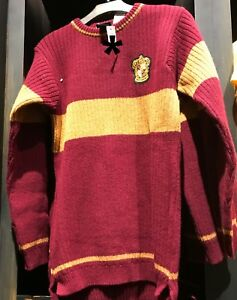 Universal Studios Harry Potter Gryffindor Quidditch Lambwool Sweater Small