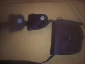 BLACK POWDER ROGUE RIVER BAG WITH POCKETS & EXTRAS