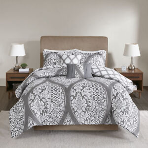 New Chic Ogee Geometric Design Grey White 5 pcs Cal King Queen Comforter set