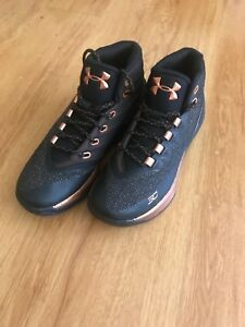 UNDER ARMOUR CURRY 3 Size 6.5 BlackSilverCopper