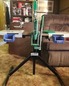 RCBS RCII RELOADER RCBS UNIFLOW POWDER MEASURE AND FRANKFORD RELOADING TABLE