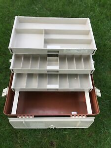 Vintage Plano 747 Tackle Box 3 Tier 3 Pullout Trays Hard Case With Handle