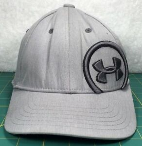 Under Armour Golf Gray w Silver Big Logo Update Fitted Baseball Hat ~ Size SM