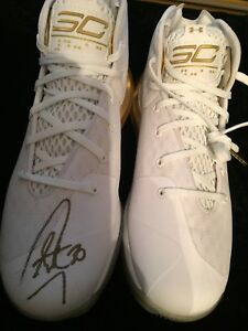 Limited 1230 Stephen Curry  autograph Under Armour UA Curry SC 3ZERO Gold