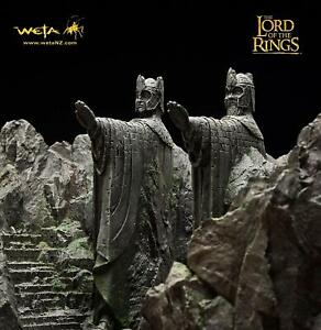 The Argonath Lord of the Rings 135500 NEVER OPENED  STILL SEALED WETA