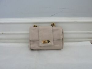 MARC JACOBS beige small patent leather baguette