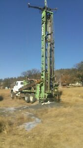 water well drilling rig 1978 CP 7000 mounted on 1986 internationa