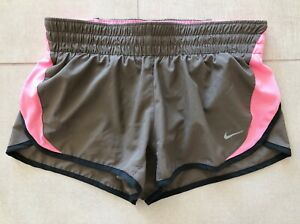 Nike Dri Fit Brown Pink Black Wicking Running Shorts Pockets Size Small Logo EUC