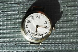 LOVIS CHISEL OLD Wristwatch. ANTIQUE ON THE HAND $50.00