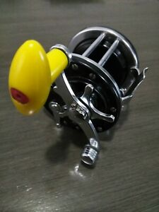 Reel Pescador 223 Rotary Vintage Fishing Reel Collectors Item Very Good Cond.