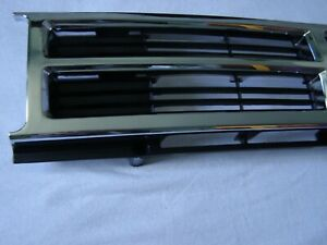 NEW Grill 3pcs Toyota 4Runner 1987 1988 1989 Grille OEM Replacement 2 surrounds