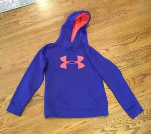 Under armour hoodie Youth Medium Girl blue with coral accent Cold gear pullover $13.00