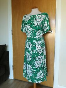 Ladies Dress Size 22 KALEIDOSCOPE Green White Fit Flare Party Evening Wedding