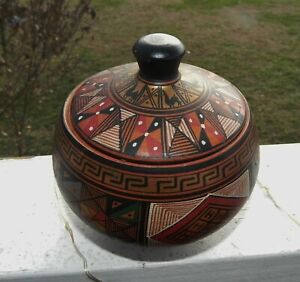 HANDCRAFTED PAINTED LLAMA TERRA COTTA ROUND BOX WITH LID CUSCO PISAC PERU