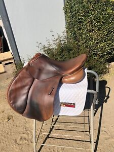 "Schleese Eagle Jump Saddle 17.5"" Adjustable Good Condition"