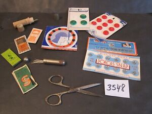 Vintage Lot of Miscellaneous Sewing Items $5.99